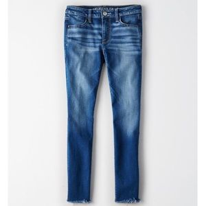 American Eagle Next Level Jegging Raw Hem Jeans